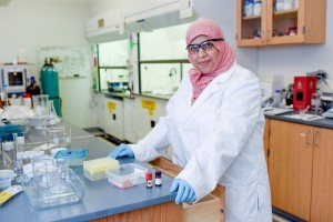 Heba at lab bench